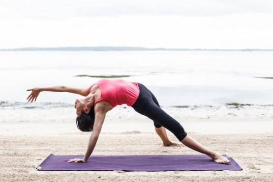Yoga Teacher – Hazel (Yoga Guru Singapore)